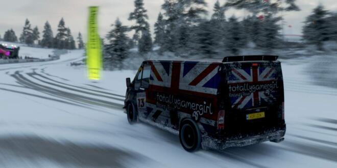 Forza Horizon 4 Ford Transit